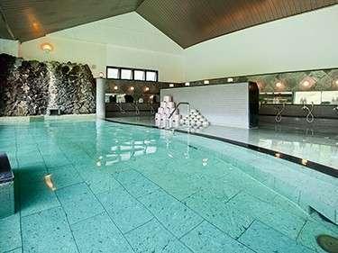 *[日帰り温泉館焼走りの湯]サウナ完備の大型大浴場。(宿泊者割引価格:大人500円/子供250円)