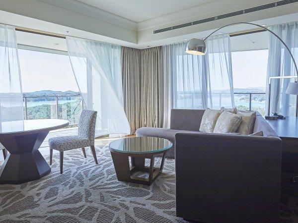 コーナースイート ※画像はイメージです。眺望は客室により異なります。