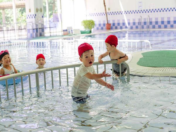 ◆屋内プール◆お子様用の浅いプールも完備★