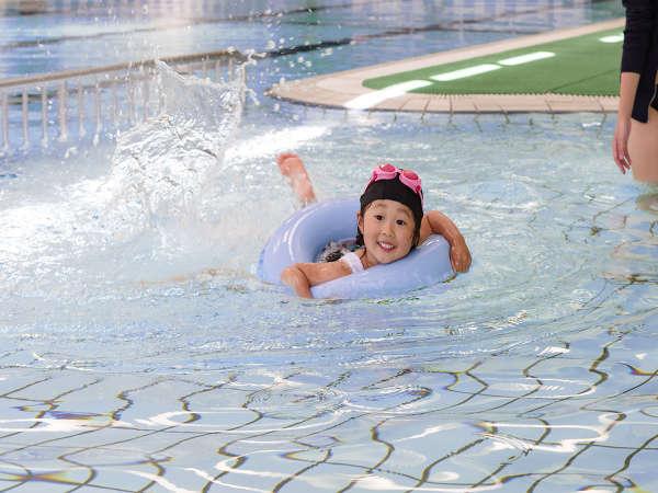 【屋内プール】25mプールやキッズプールもあり、プールデビューにもおすすめ♪