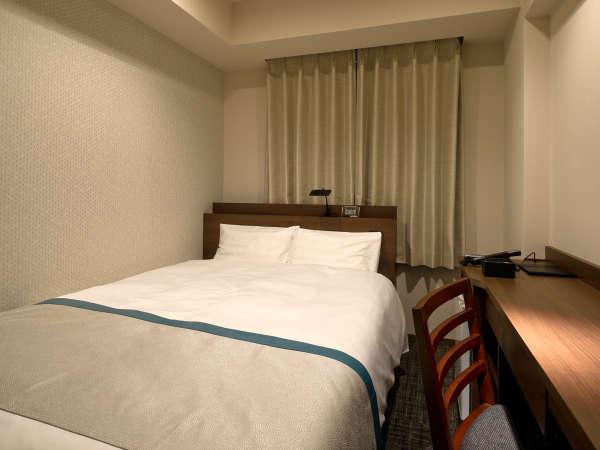 スタンダードセミダブルルーム [広さ]12㎡ [ベッド幅]140cm