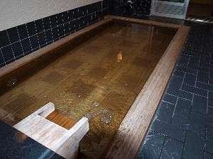 古代檜風呂にイオンの湯(ラジウム泉)、遠赤外線・マイナスイオン・ホルミシス効果などによる健康泉