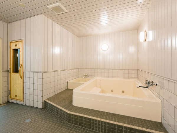 1階浴場は16~23時までご利用いただけます。