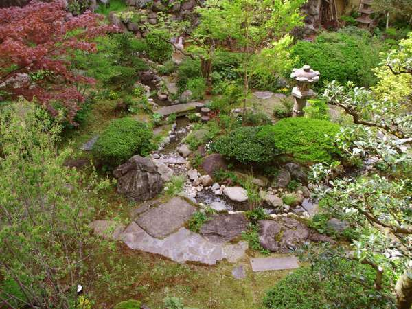 世界的庭園デザイナー石原和幸氏監修の庭園エリア
