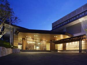 ホテル外観 伊東駅から徒歩8分観光の拠点に至便