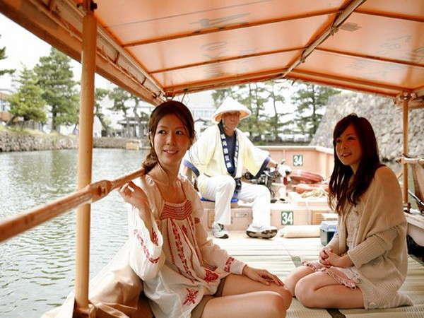 ★神々の国松江の縁結びスポット&日本で唯一ぐるっと廻る堀川遊覧船「水都松江ならではの観光」をどうぞ★