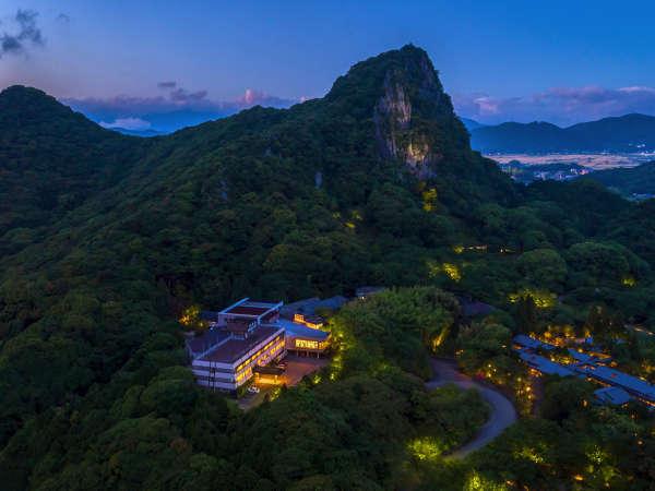 15万坪の豊かな自然に抱かれた御船山楽園ホテル