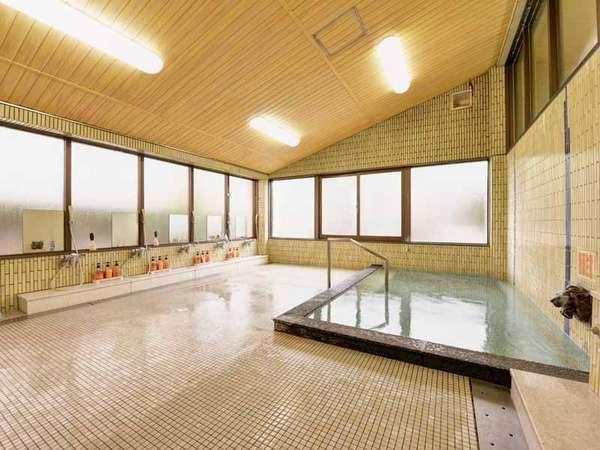 *男湯/野呂山のキレイな高原水で沸かしたお風呂。癒しのひと時をお過ごし下さい。
