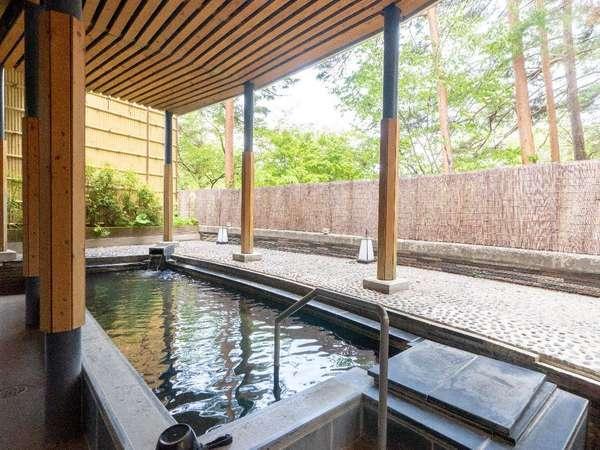 ■大浴場 露天風呂(芹ヶ沢温泉:長野県茅野市より)
