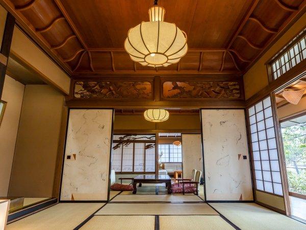 仙渓園「桧」格子天井が美しい、日本ならではの和の設え。