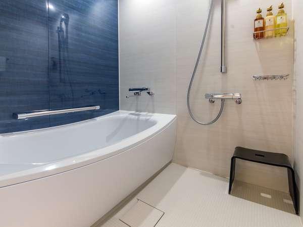 全室洗い場付きバスルーム