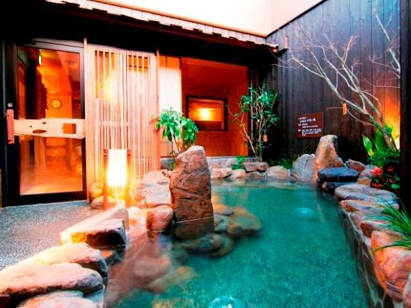 ◆天然温泉六花の湯(露天風呂)