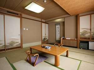 【和室】湯上がりにゴロンと寝転べる和室がいいですよね!
