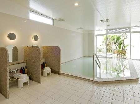 大浴場営業時間AM6:00-AM9:00 PM4:00-AM12:00