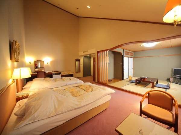 【和洋室】洋室25㎡+和室8~10畳のゆったりしたお部屋