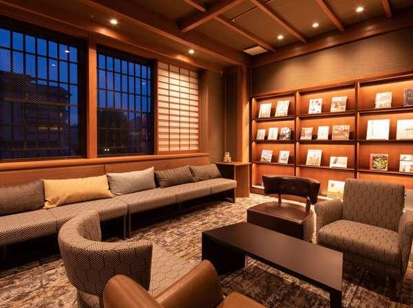■ハートニングルーム■ご滞在中、本を読んだり、思い思いに過ごせます