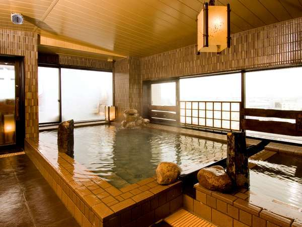 ◆【大浴場】男性大浴場内湯。男女別にサウナ・水風呂あり。ランドリーコーナーも併設しております。