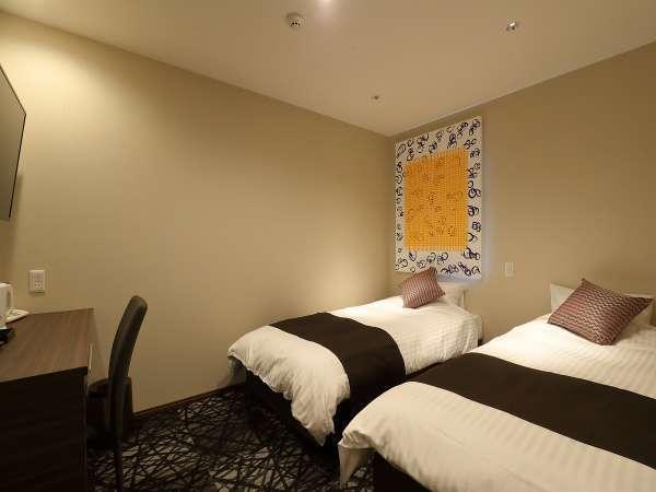 ★ツインルーム一例★【100cm幅×2台】※インテリアは部屋により異なります。選んで頂けません