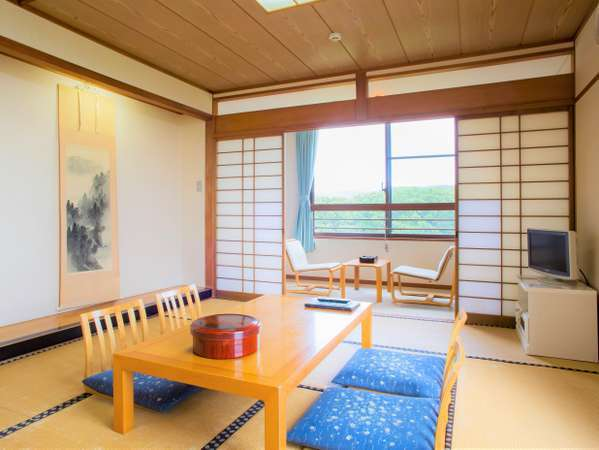 【和室】心地よい広さの、しっとりとした和の空間をお楽しみください。