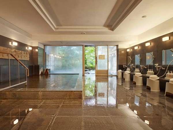 広々とした温泉大浴場には、露天風呂が併設されています。