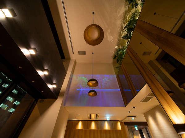 ◆1階ロハスラウンジでのシアター投影イメージ