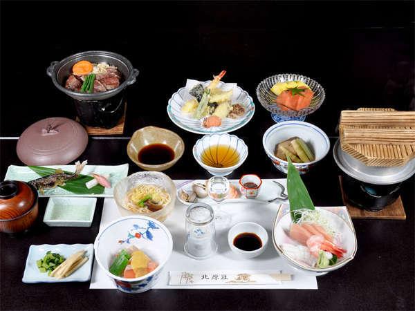 ■お料理一例■夕食は拘りの食材や富山の地のものをベースにした≪和風懐石ご膳≫をご用意致します。