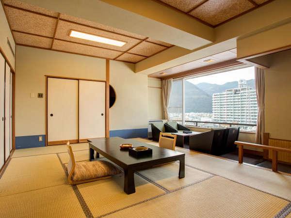 *【本館】和みの和室二間(一例)二間で、三世代やご家族旅行に特に人気のお部屋となっております。