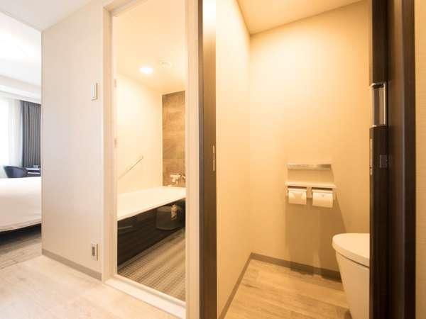 コンフォート・スーペリアダブル・スーペリアツイン・ファミリーツインは、バスルームがお手洗いと別々です