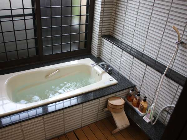 洋室内湯 ※お湯は温泉です