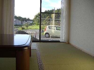 広々8畳の和室