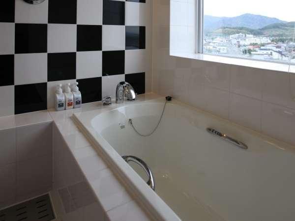 【シュープリームツイン】バスルームとトイレが独立していますので快適に利用できます