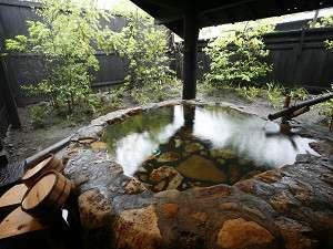 思い思いのスタイルで良泉を堪能お風呂の一例です。
