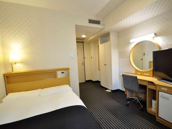 ■セミダブルルームベッドサイズ210×120cm