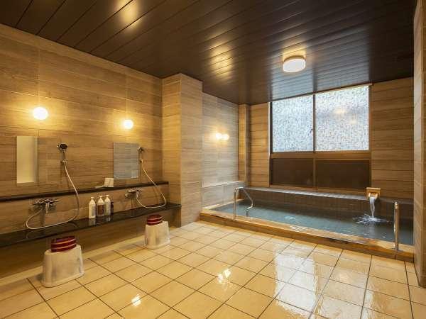 極めて良質なアルカリ性単純温泉「紅富士の湯」【風呂】
