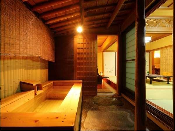 人気はやはり露天風呂付き客室。日本三大美肌の湯を滞在中、お好きな時間に何度も楽しめます♪