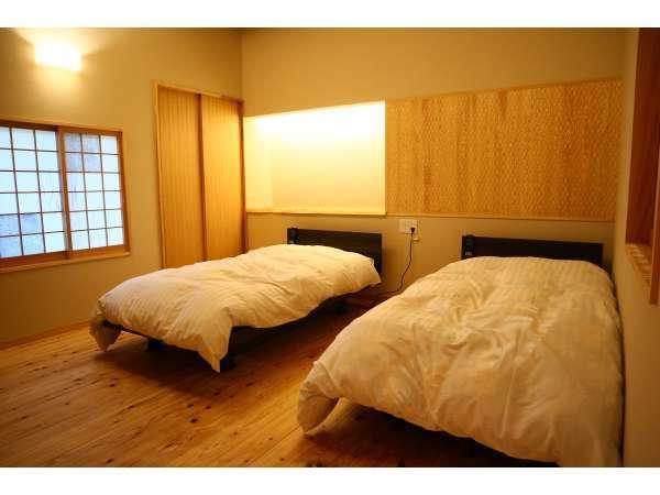 【かすみ】パラマウントの昇降、リクライニング機能付き電動ベッドで快適な眠りを