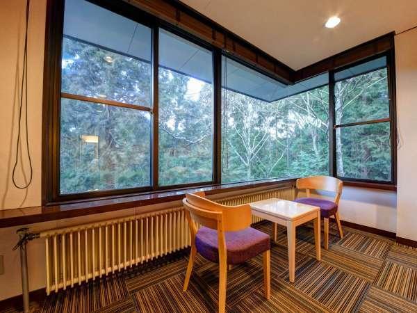 *[コーナーツイン一例]大きな窓からは四季折々の豊かな自然が望めます