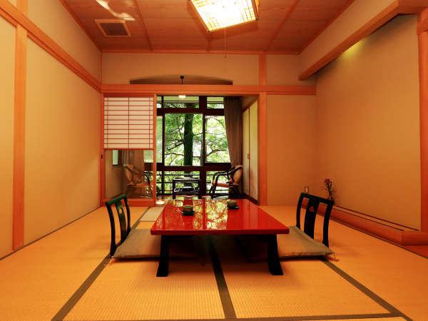 ★8畳広縁付きの和室になります。お部屋から自然を眺めながら、のんびりお過ごしください。