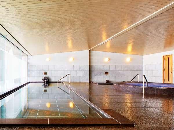 ■大浴場(スパ):内湯の他、ジャグジー、サウナ、露天風呂のご利用が可能です