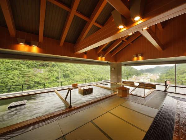 ホテル華の湯 30種類の湯船が人気の宿