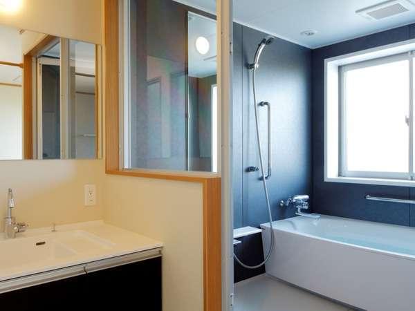 広々とした温泉バスルームで、人目を気にせずゆったりと温泉浴をお楽み下さい。
