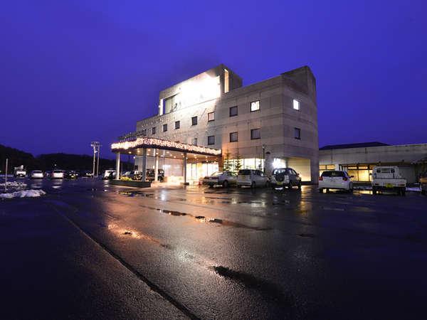 *国道234号線沿い、栗山駅まで車で6分と、当ホテルはアクセス良好です。