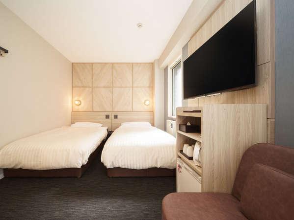 トリプルルームシングルベッド2台+ソファベッド