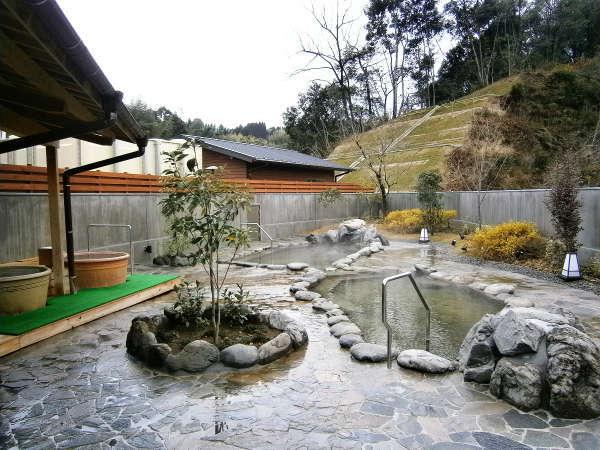 露天風呂付き大浴場(日帰り温泉5:00~21:00)