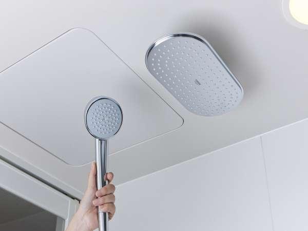 【レインシャワー&シャワーヘッド】デザインと機能性で定評のあるグローエ社製のレインシャワー