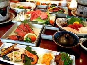 ご夕食はボリュームありますので昼食を調節して来て下さいね。貸切は8名様以上18名様までお承り致します。