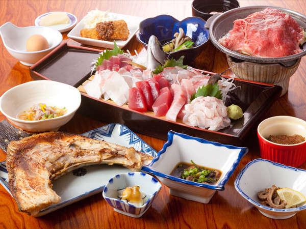 【マグロと地酒の宿 民宿わかたけ】夕食クチコミ高評価!鮪料理と利酒師が選ぶ日本酒が自慢の温泉民宿