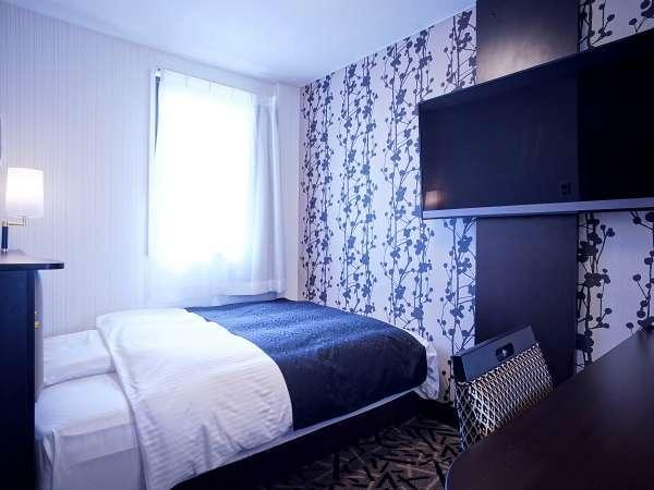 ■客室例:本館ダブル(広さ13㎡/幅ベッド140cm×200cm)