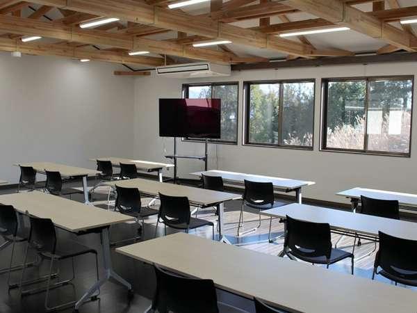 新食堂・研修室