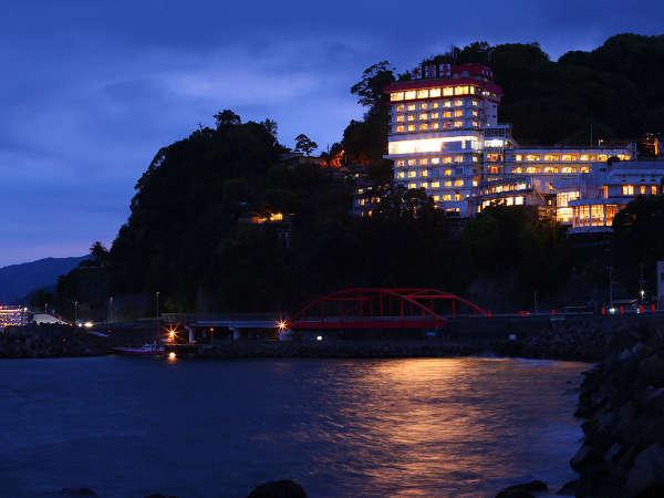 ホテル外観(海側)